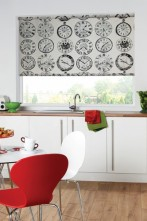Roller blind Greenwich fabric and wallpaper to match